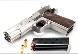 Arsenal AF2011-A1: Double Barrel 1911