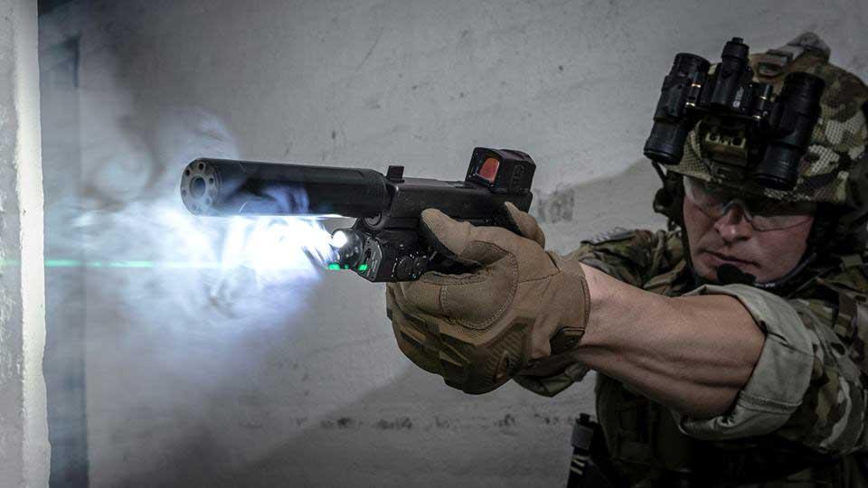 SureFire XVL2 weapon light and laser