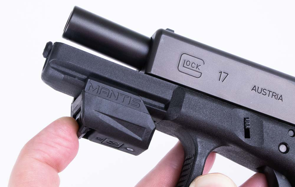 Attaching the Mantis X2 to a Glock pistol