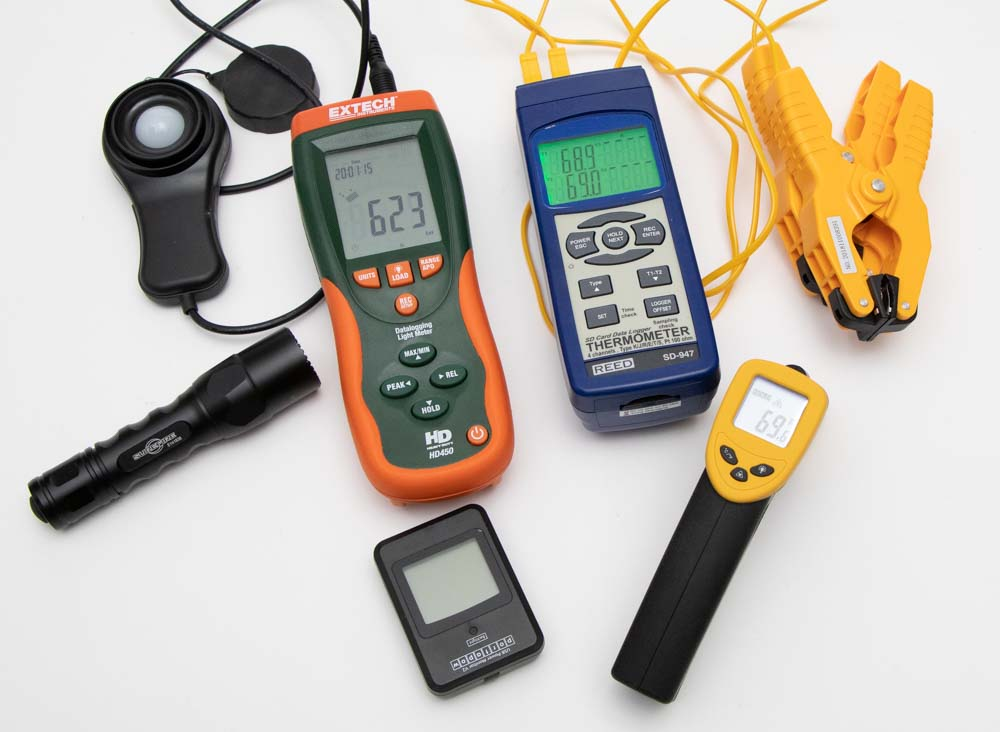 DIY Flashlight Testing Equipment