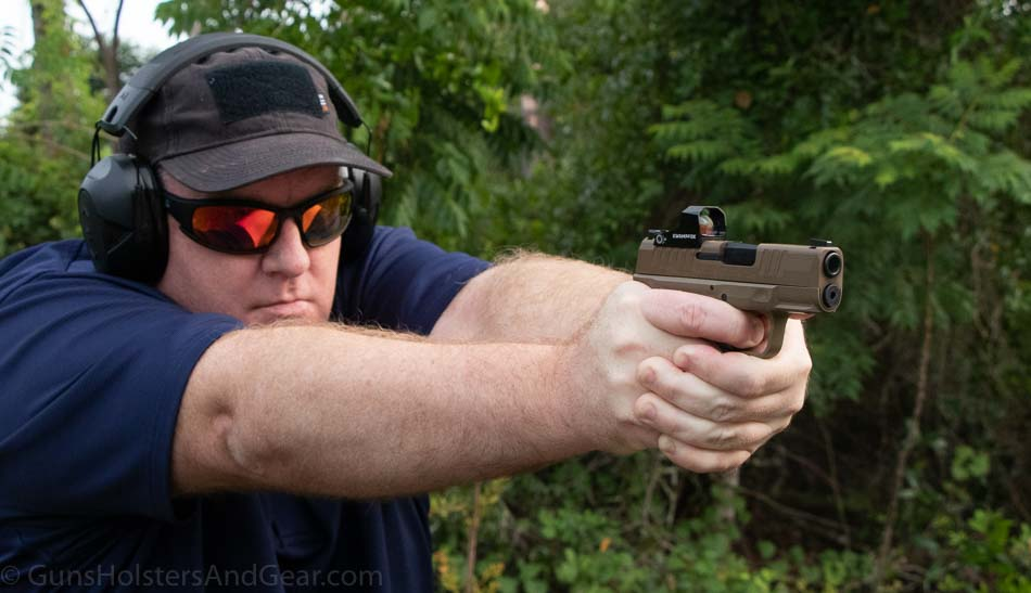 Shooting the Swampfox Sentinel on a Springfield Hellcat